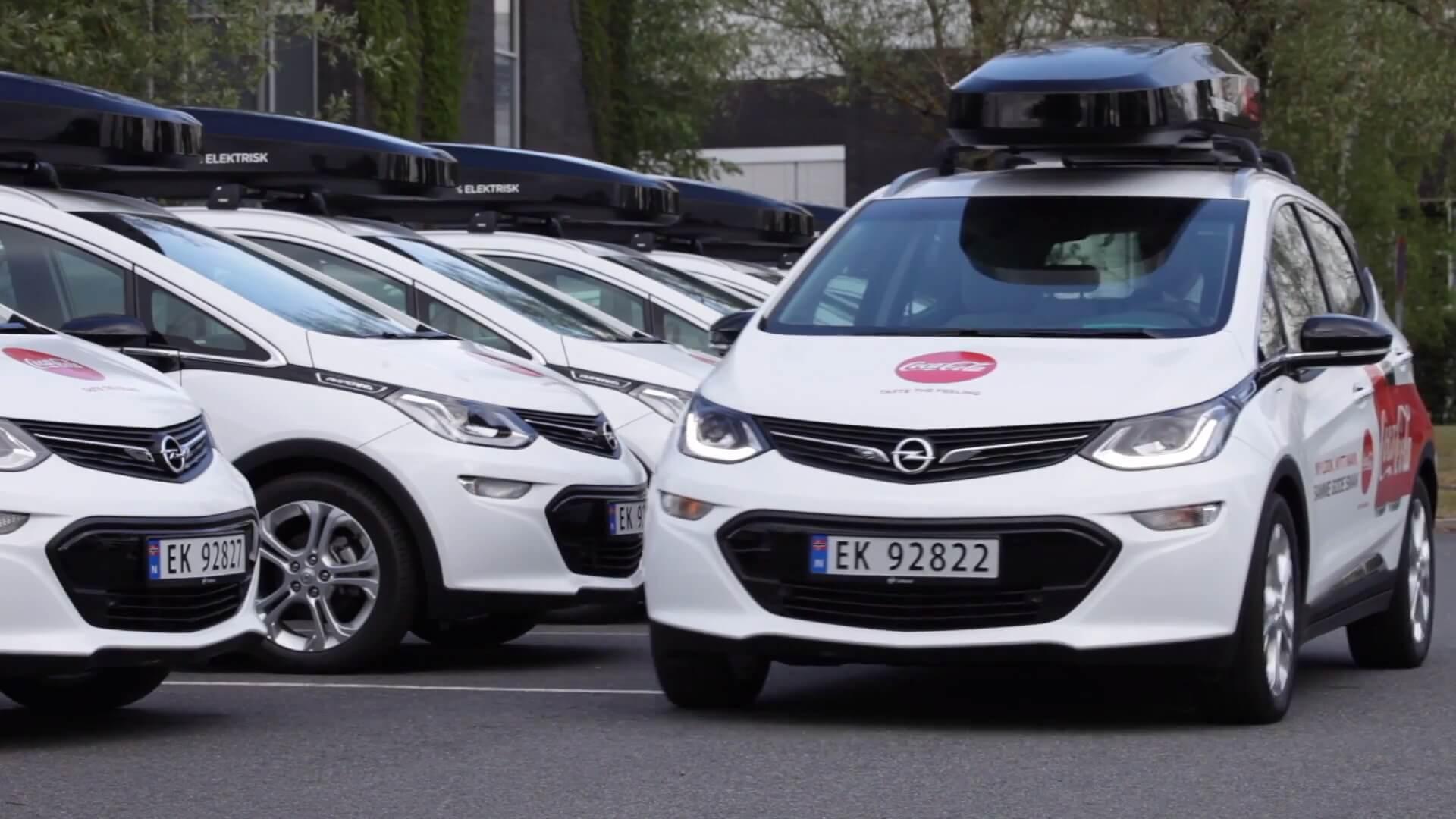 Coca-Cola купила 100 электромобилей Opel Ampera-e