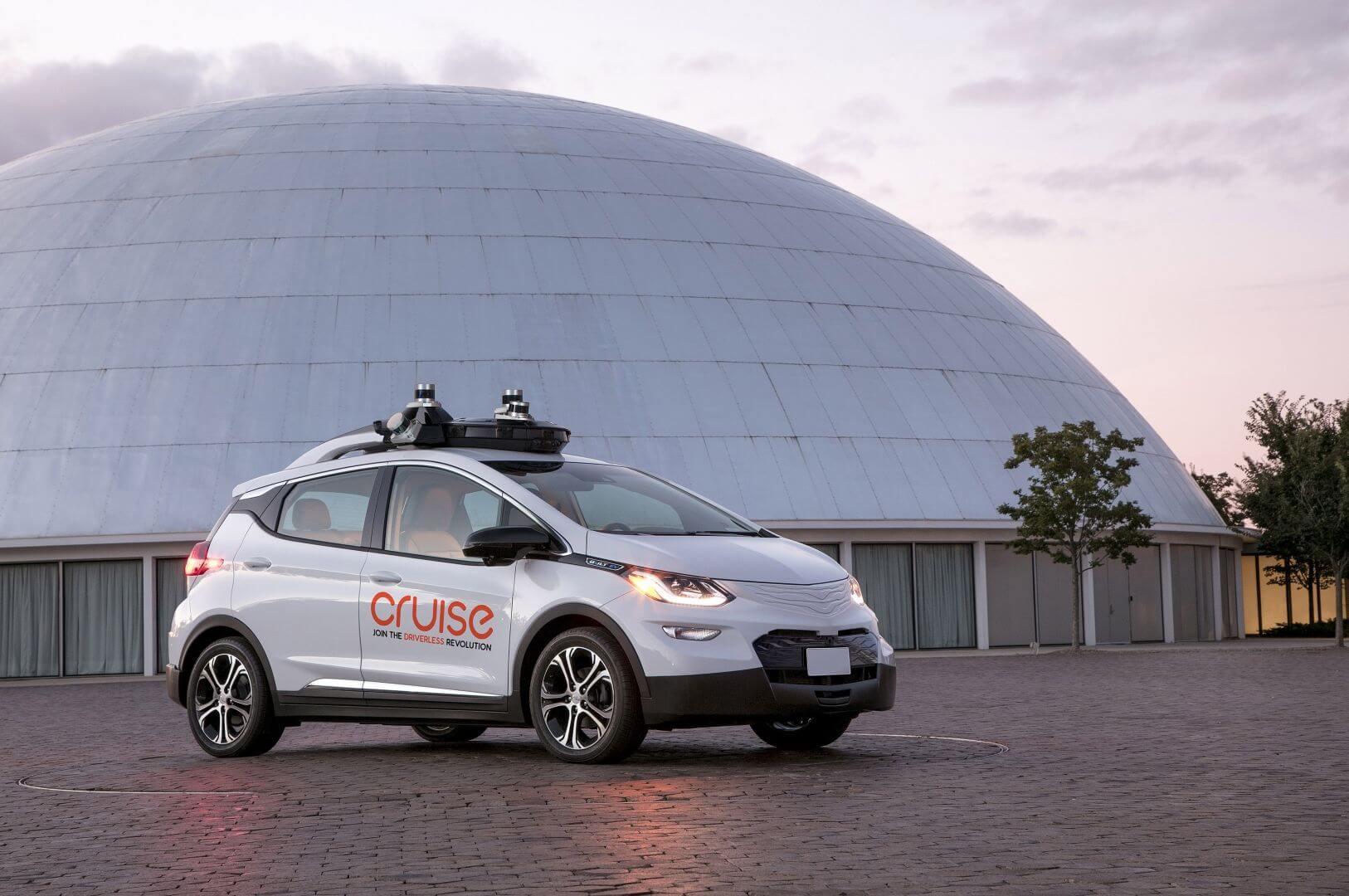 Электромобиль с автономным управлением GM Cruise