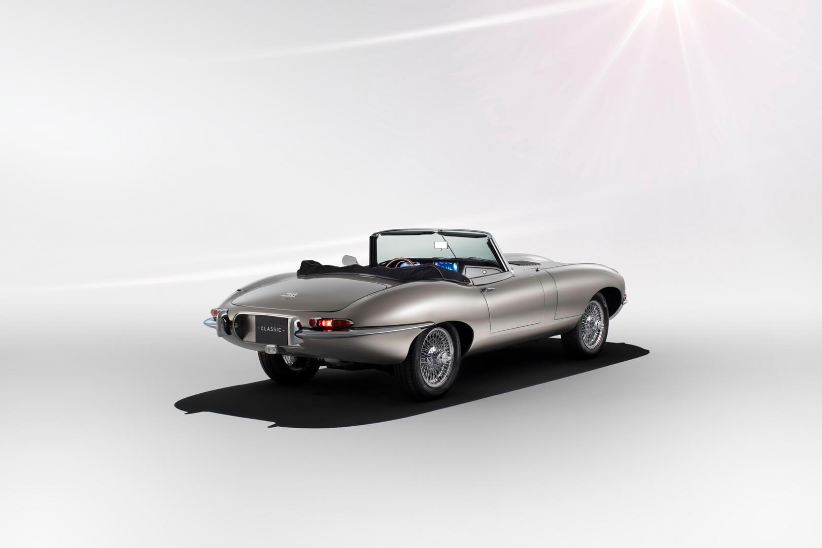 «Самый красивый электромобиль в мире» — Jaguar E-type Zero