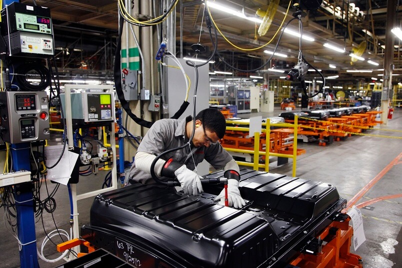 Сборка аккумуляторной батареи Nissan Leaf
