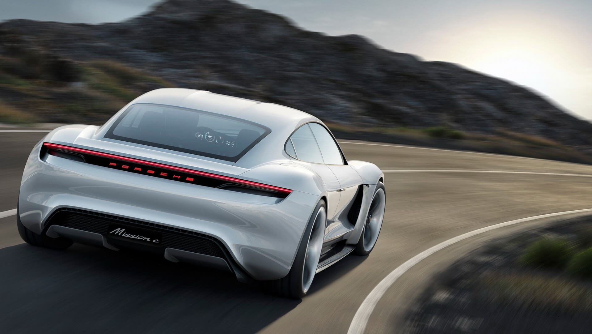 Фотография экоавто Porsche Taycan - фото 16