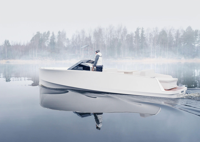 Электрическая яхта Q-30