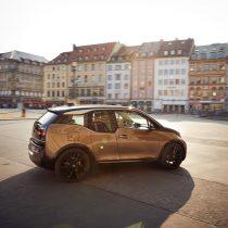 Фотография экоавто BMW i3 2019 (42.2 кВт•ч) - фото 15