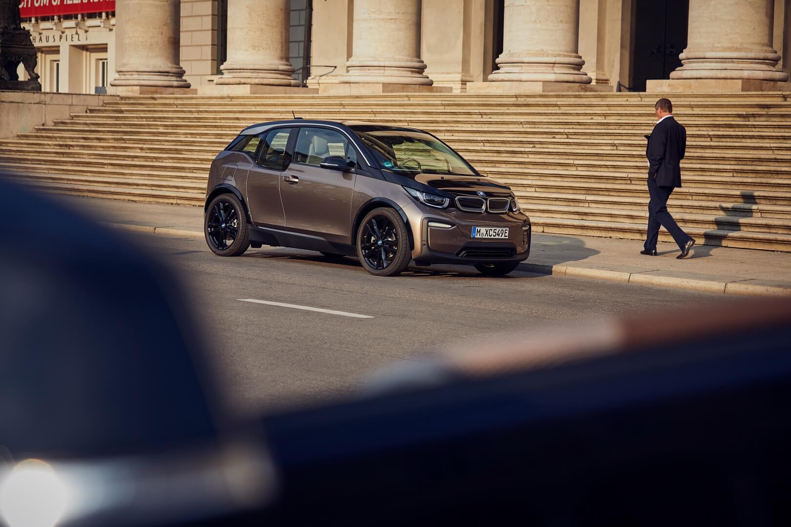Фотография экоавто BMW i3s 2019 (42.2 кВт•ч) - фото 14