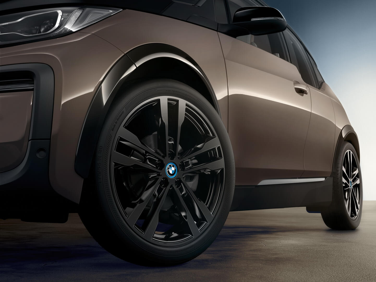 Фотография экоавто BMW i3 2019 (42.2 кВт•ч) - фото 4