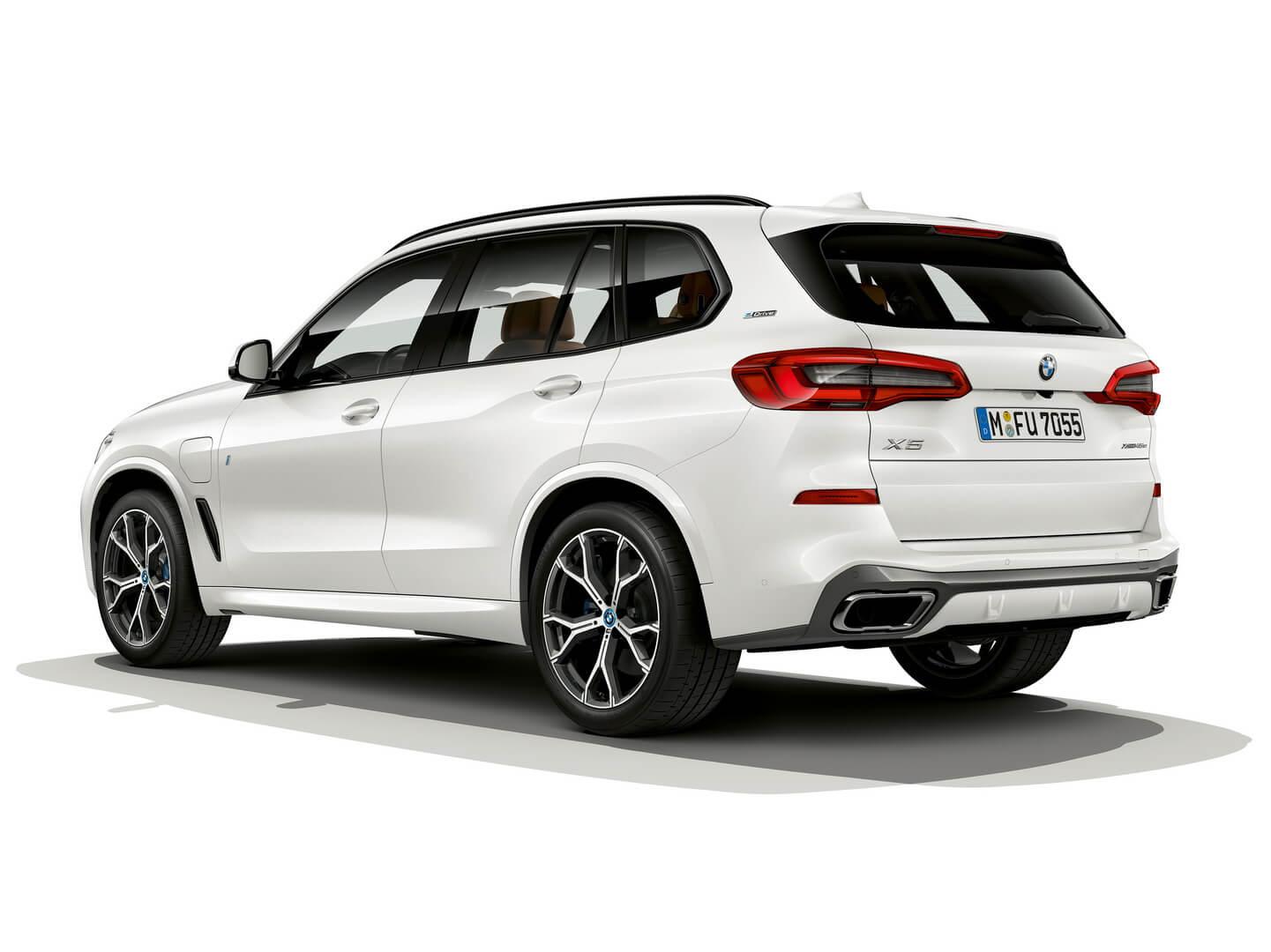 Экстерьер BMW X5xDrive45e PHEV