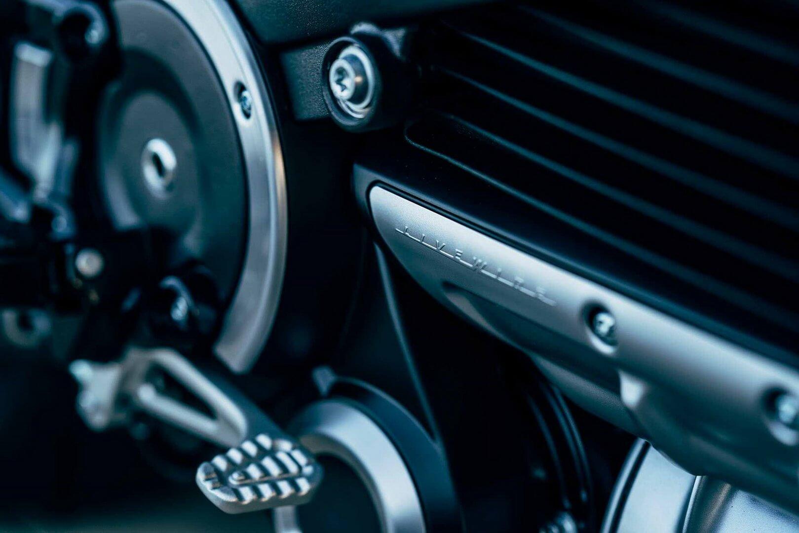 Электробайк Harley-Davidson LiveWire - фото 3