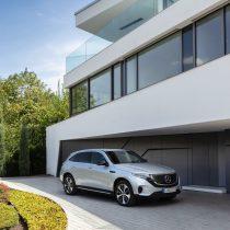 Фотография экоавто Mercedes-Benz EQC - фото 11