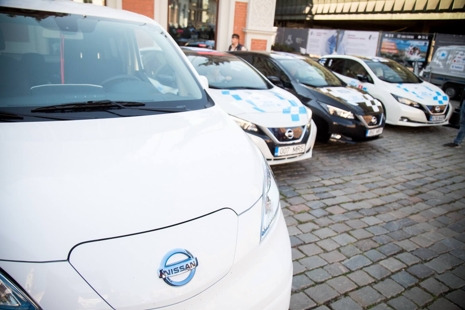 Электромобили Nissan leaf на Electric Marathon 2018