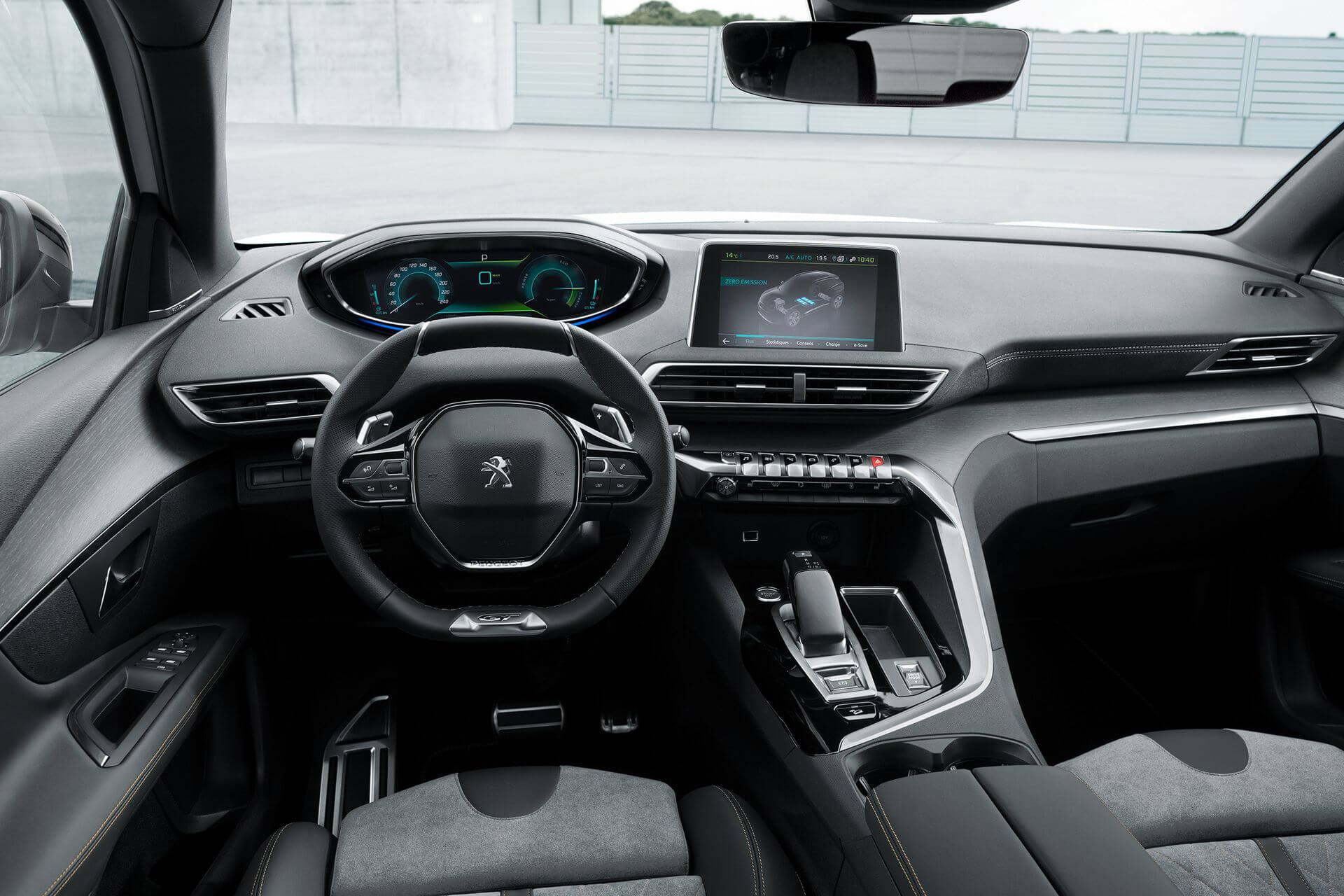 Салон плагин-гибрида Peugeot 3008GT HYBRID
