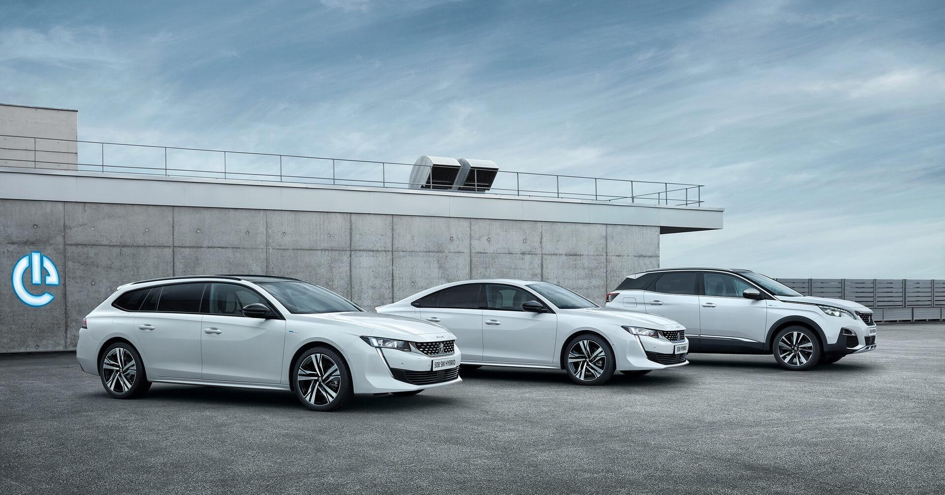 Три плагин-гибридные модели Peugeot: 508SW, 508 и 3008 (включая версию сполным приводом HYBRID4)