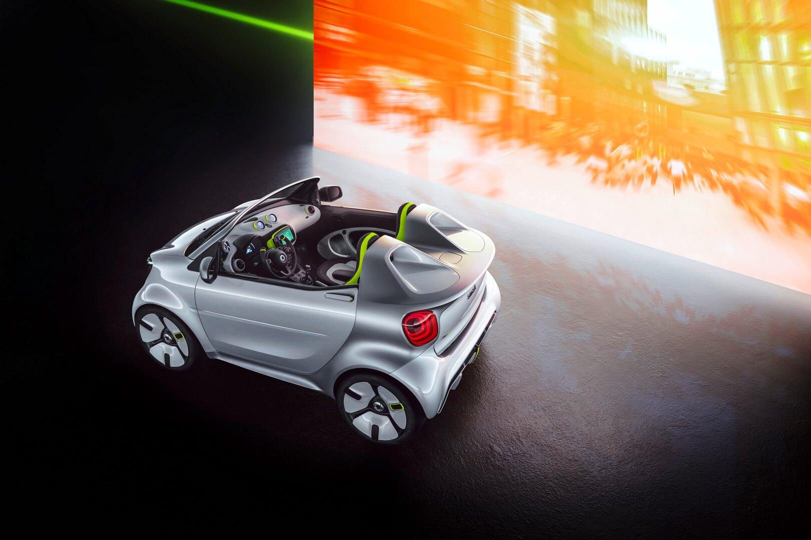 Smart представил концепт электрического кабриолета Forease