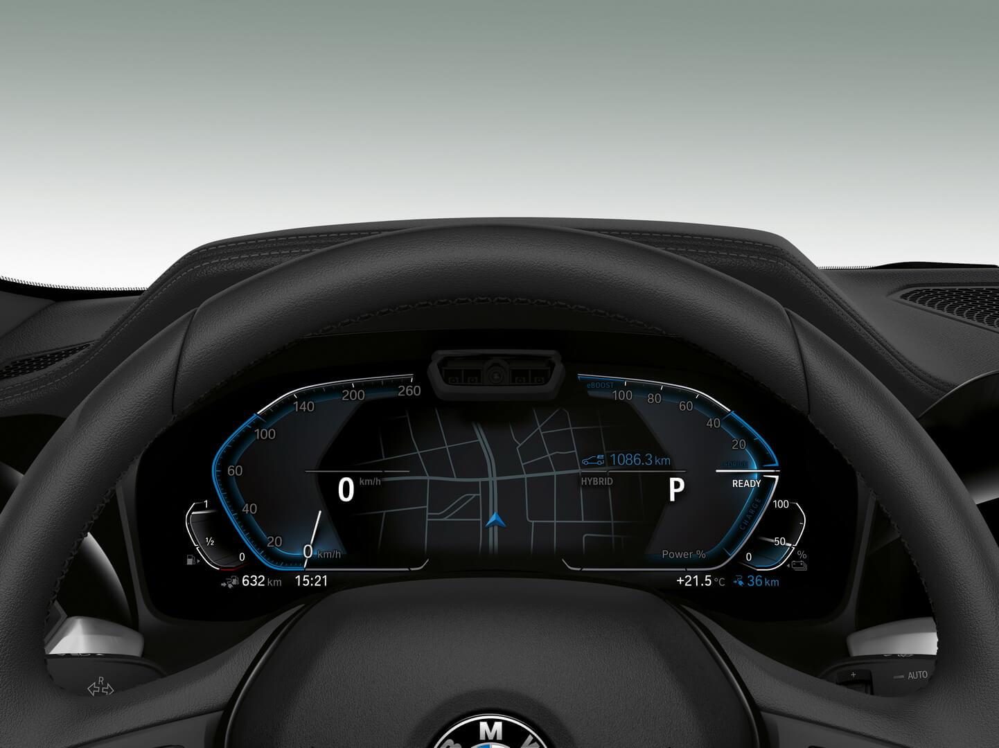 Дисплей приборной панели BMW 330e iPerformance