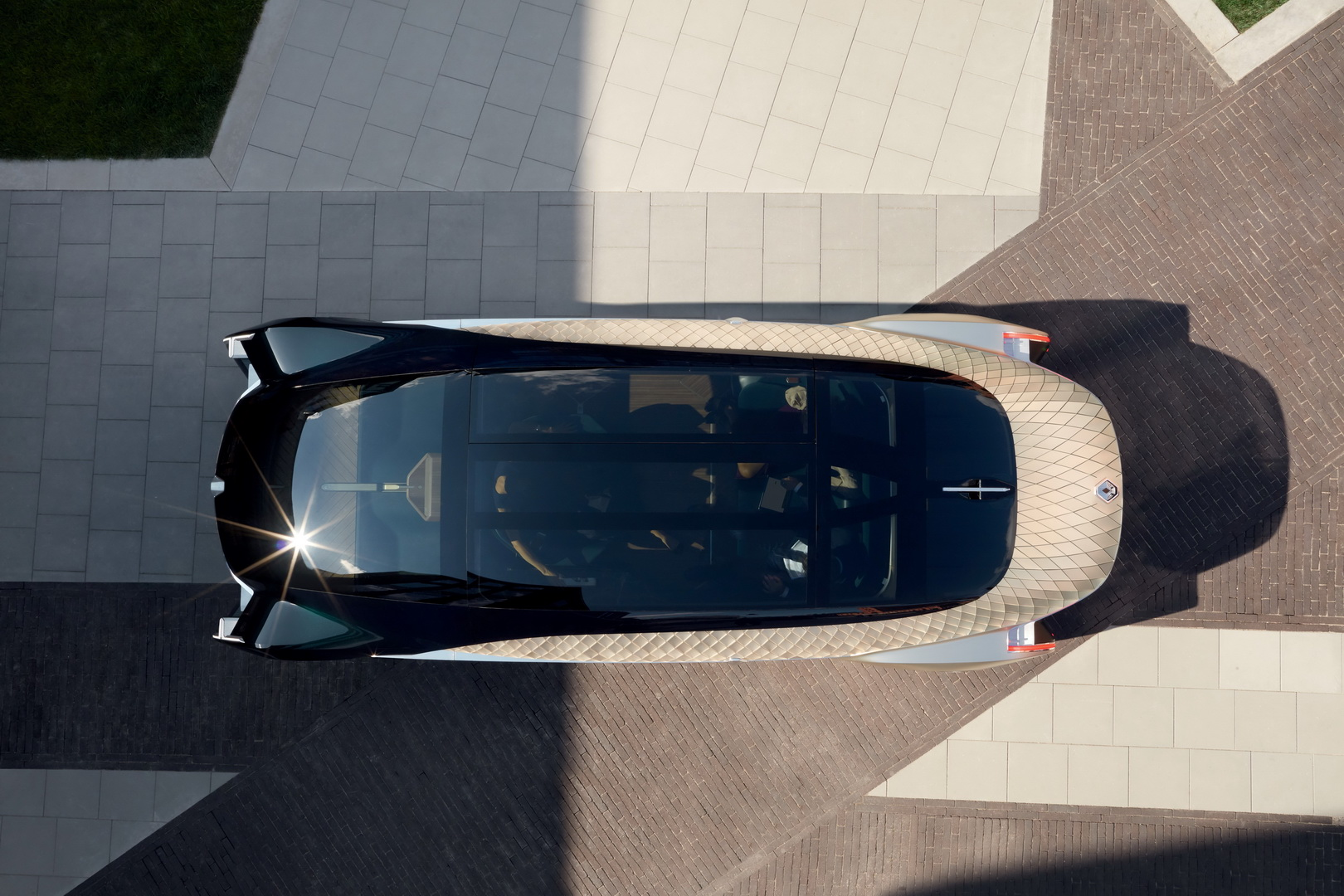 Электромобиль Renault EZ-Ultimo