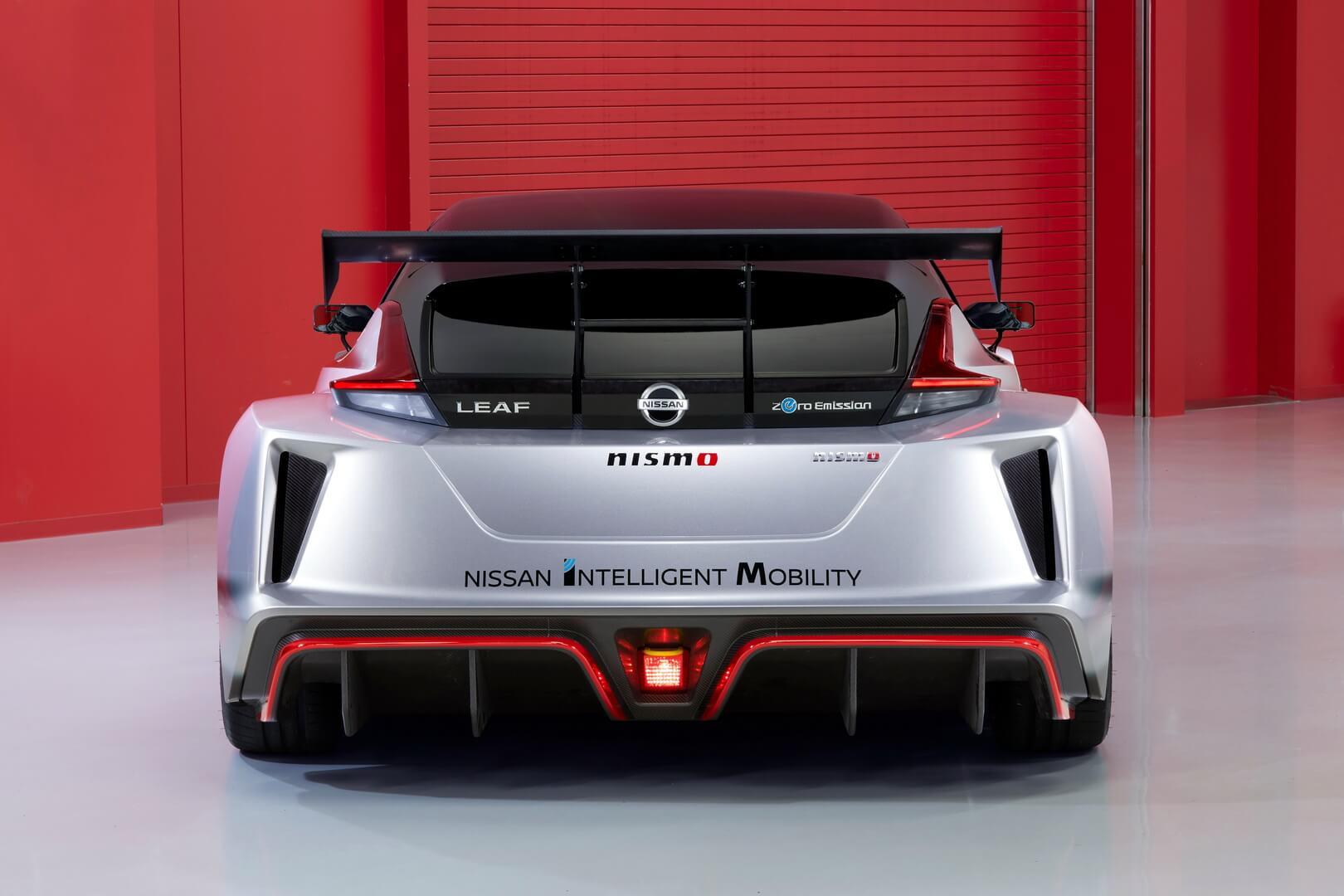 Электроспорткар Nissan Leaf Nismo RC