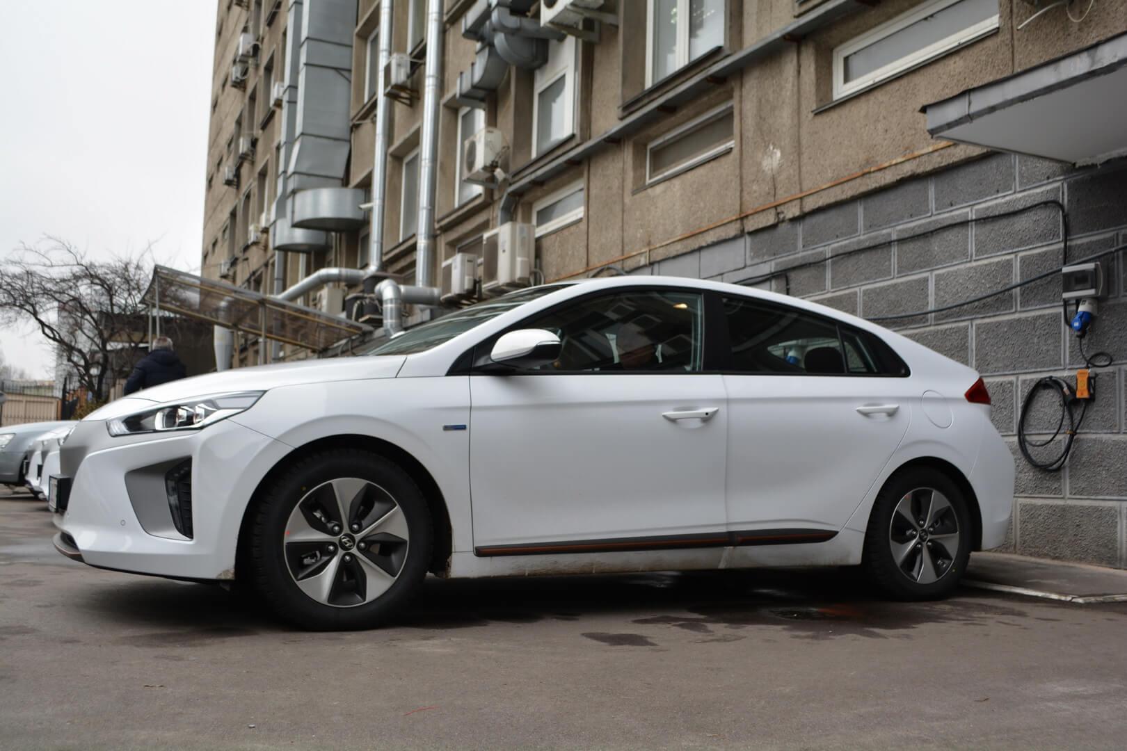 ГП «Энергорынок» пересаживается наэлектромобили Hyundai Ioniq Electric