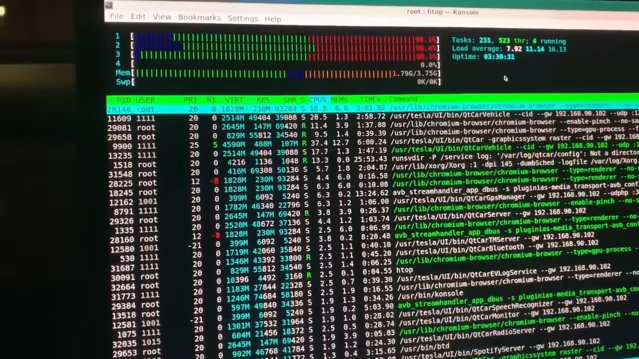Хакер установил Linux наTesla Model 3