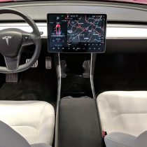 Фотография экоавто Tesla Model 3 Performance - фото 29