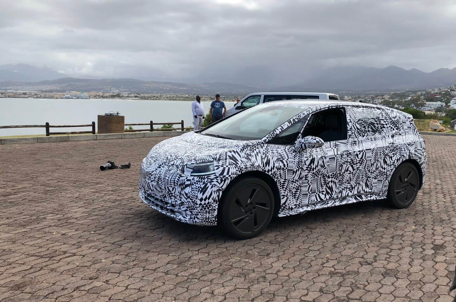 VW тестирует электрокар серии ID в Южной Африке