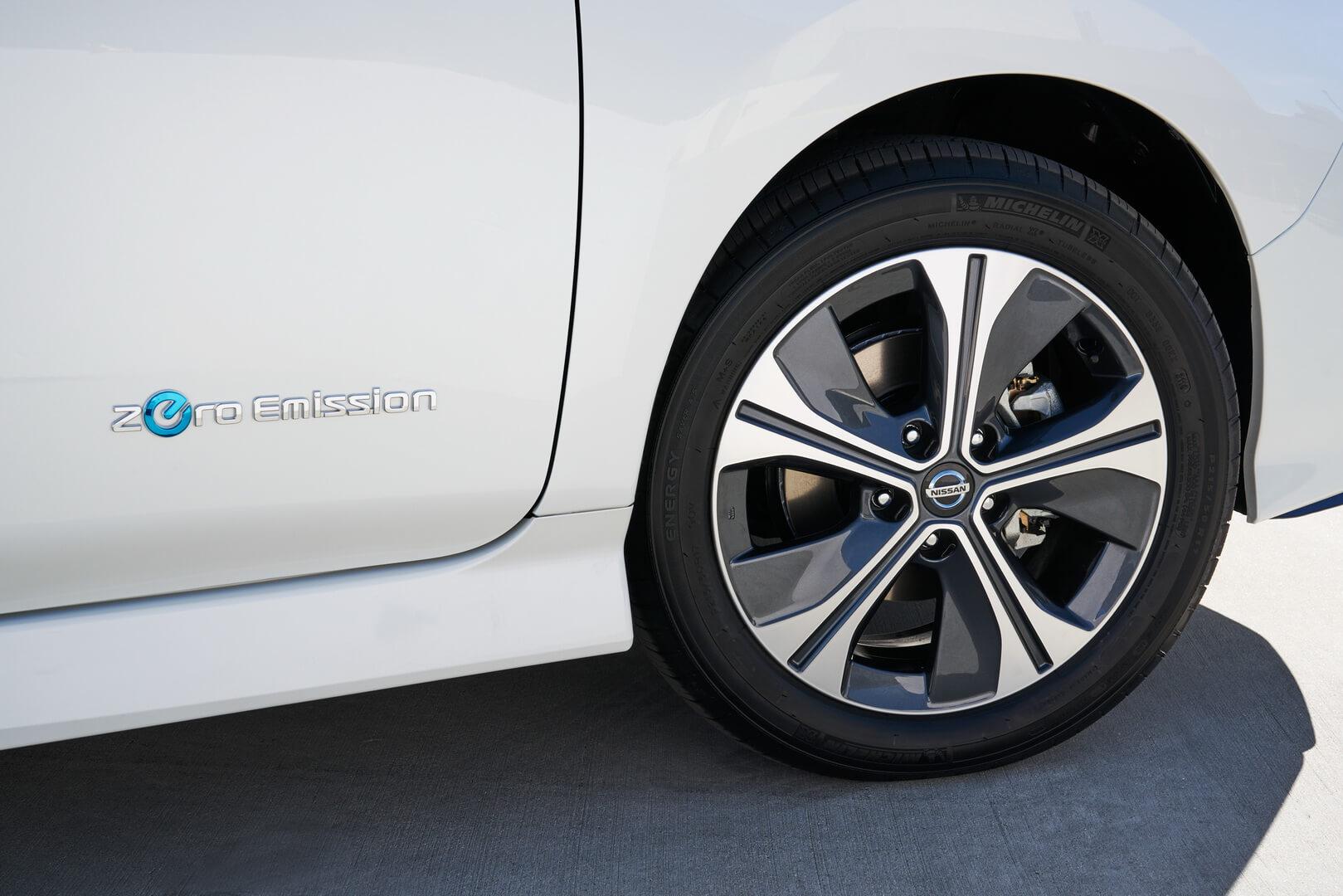 Фотография экоавто Nissan Leaf e+ 2019 (62 кВт•ч) - фото 18