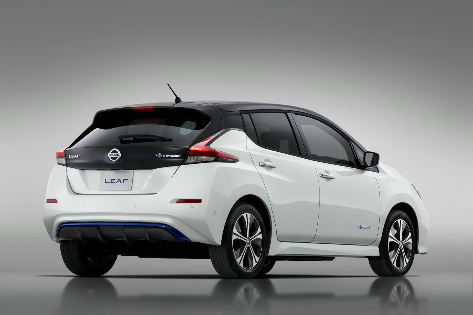 Фотография экоавто Nissan Leaf e+ 2019 (62 кВт•ч) - фото 5