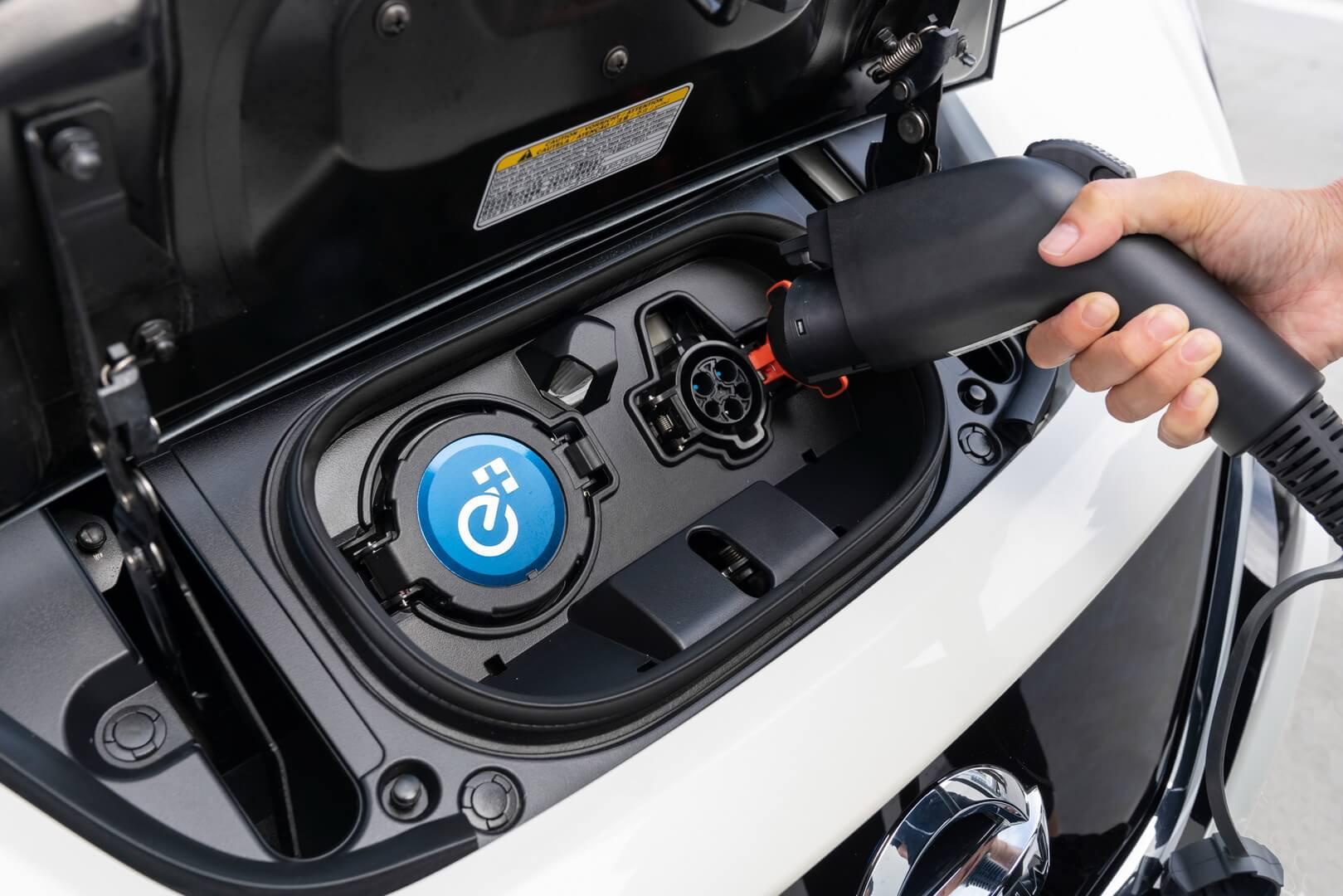 Фотография экоавто Nissan Leaf e+ 2019 (62 кВт•ч) - фото 31