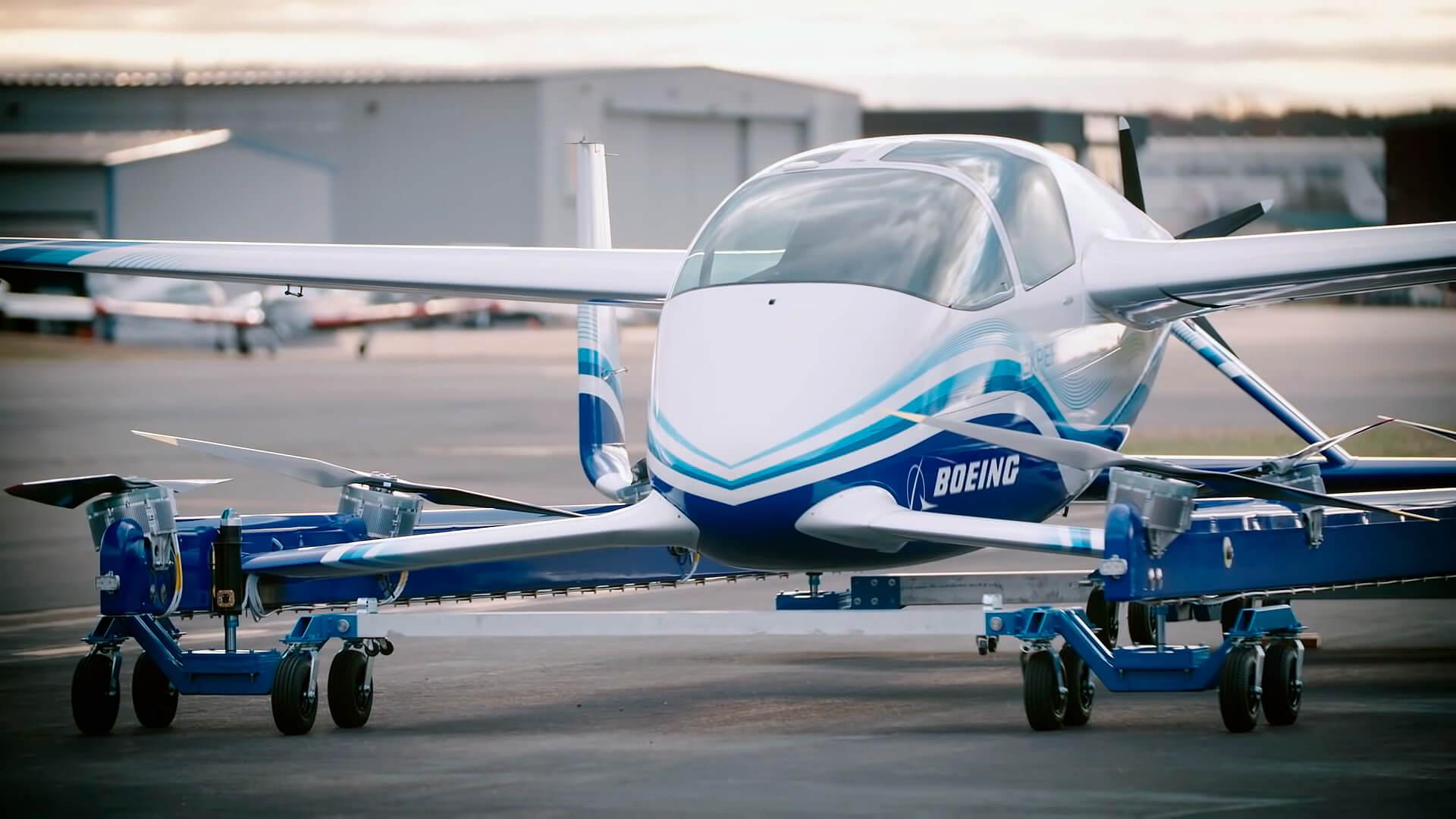 Прототип пассажирского воздушного судна Boeing NeXt совершил первый полет