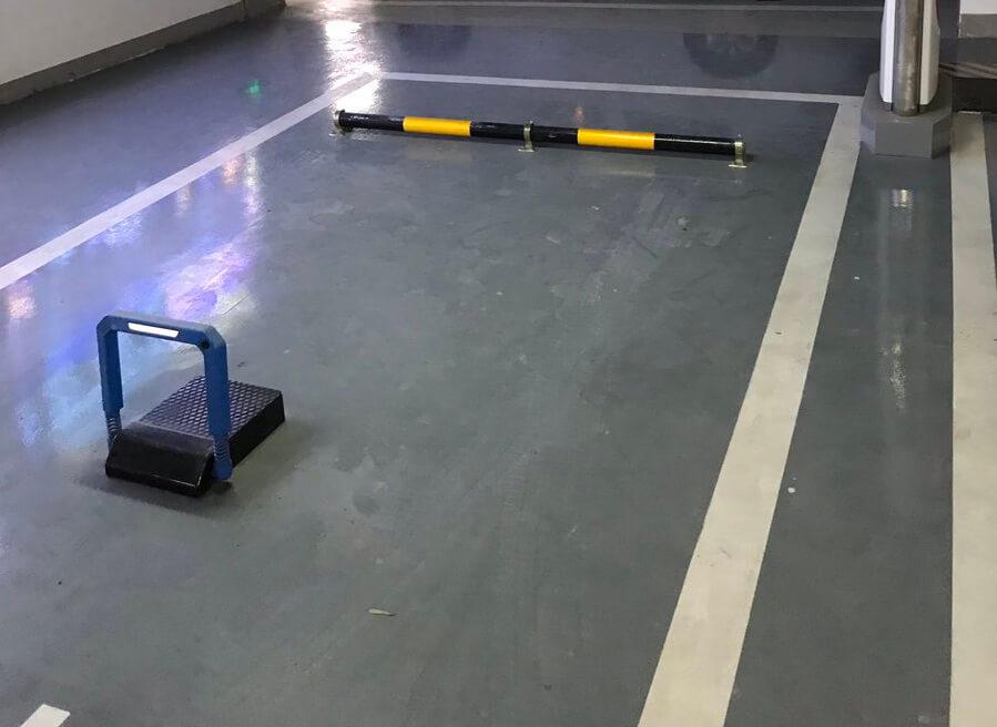 «Инновационное» устройство блокировки места на зарядных станциях Tesla в Китае