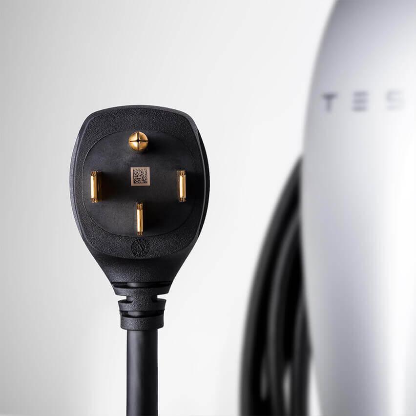 Домашнее зарядное устройств Tesla сразъемом NEMA 14-50 - фото 2