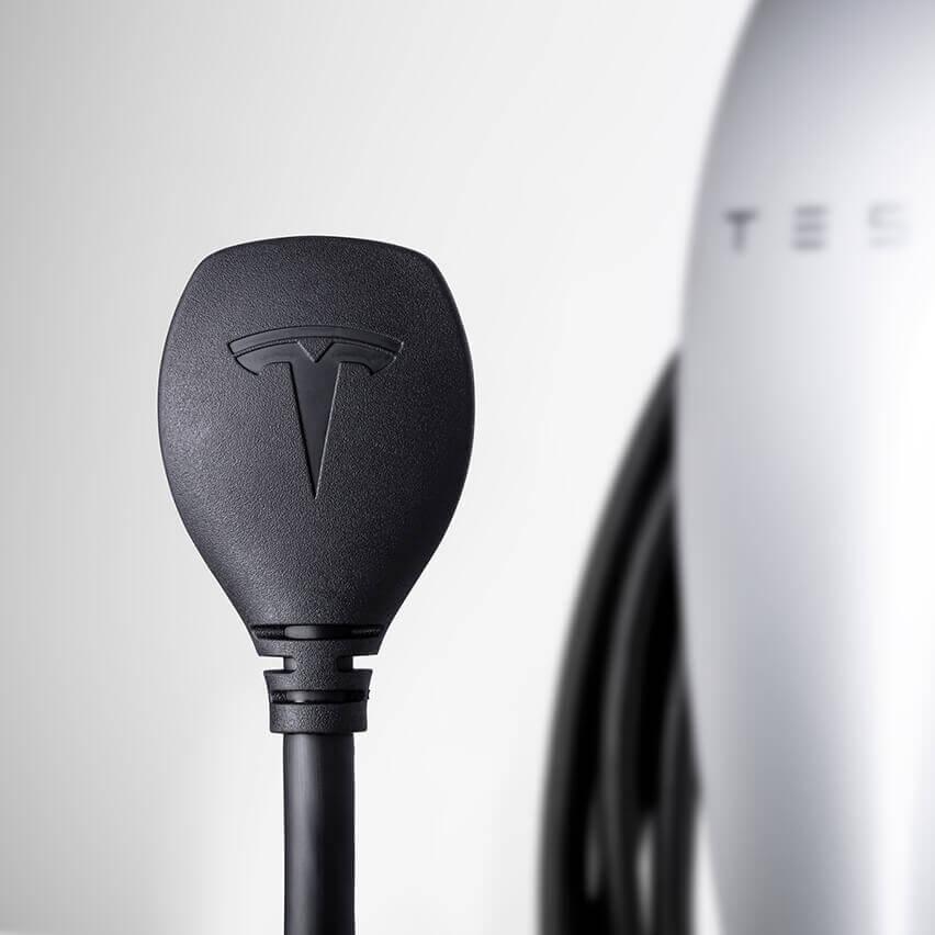 Домашнее зарядное устройств Tesla сразъемом NEMA 14-50 - фото 3