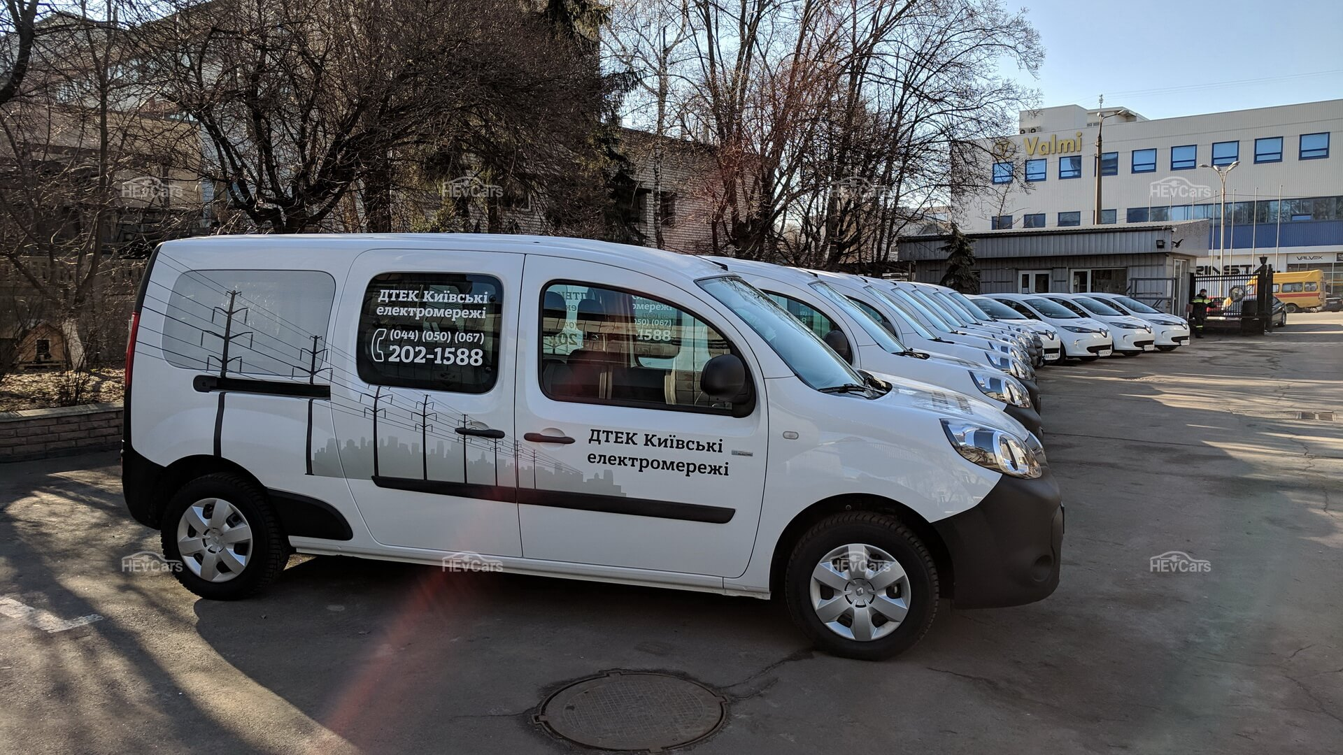 11электромобилей Renault ZOE иRenault Kangoo Z.E. пополнили парк ДТЭК