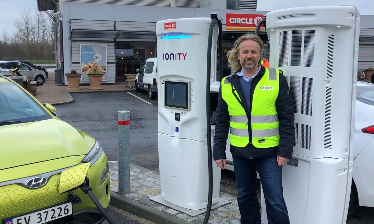 IONITY открывает первую 350 кВт зарядную станцию в Дании