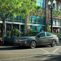 Фотография экоавто Электромобиль Honda Clarity - фото 10