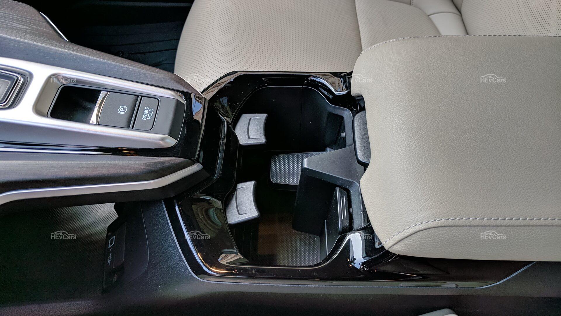 Центральная консоль Honda Clarity PHEV