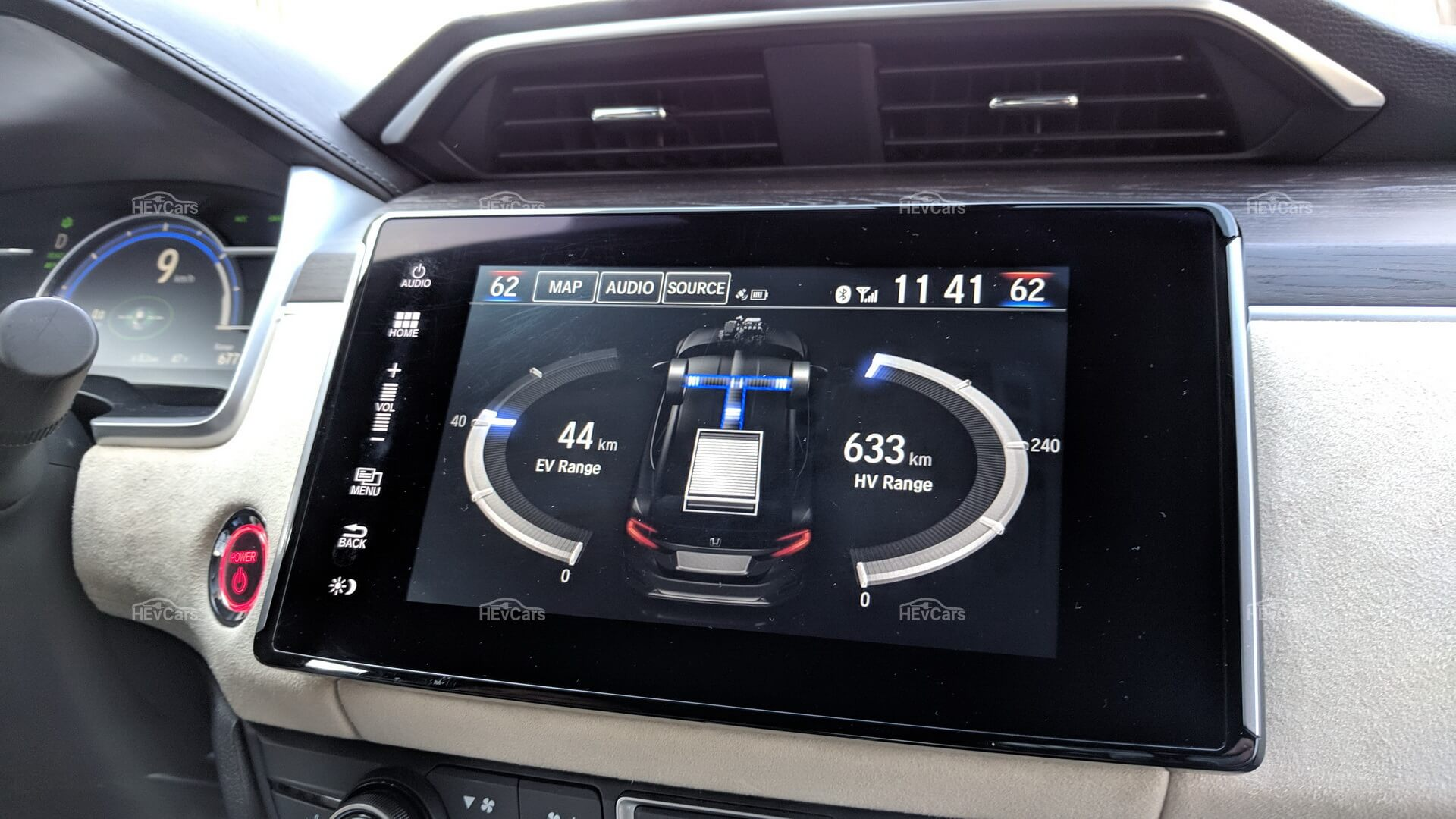 Honda Clarity PHEV в движении