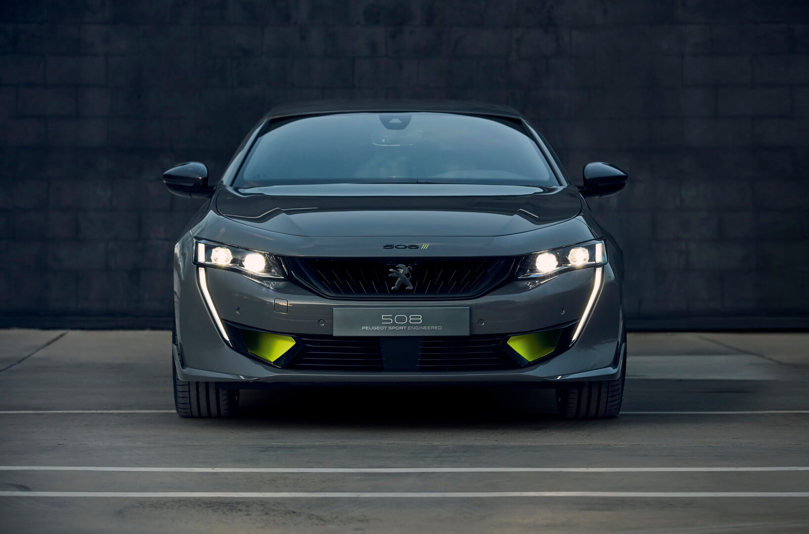 Плагин-гибридный концепт-кар Peugeot 508 Sport Engineered