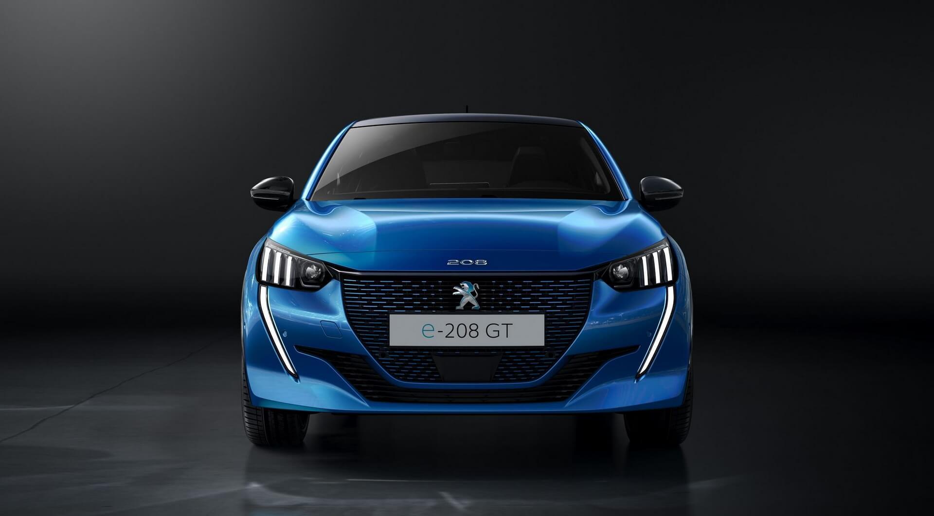 Электромобиль Peugeot e-208: e-motion - вид спереди