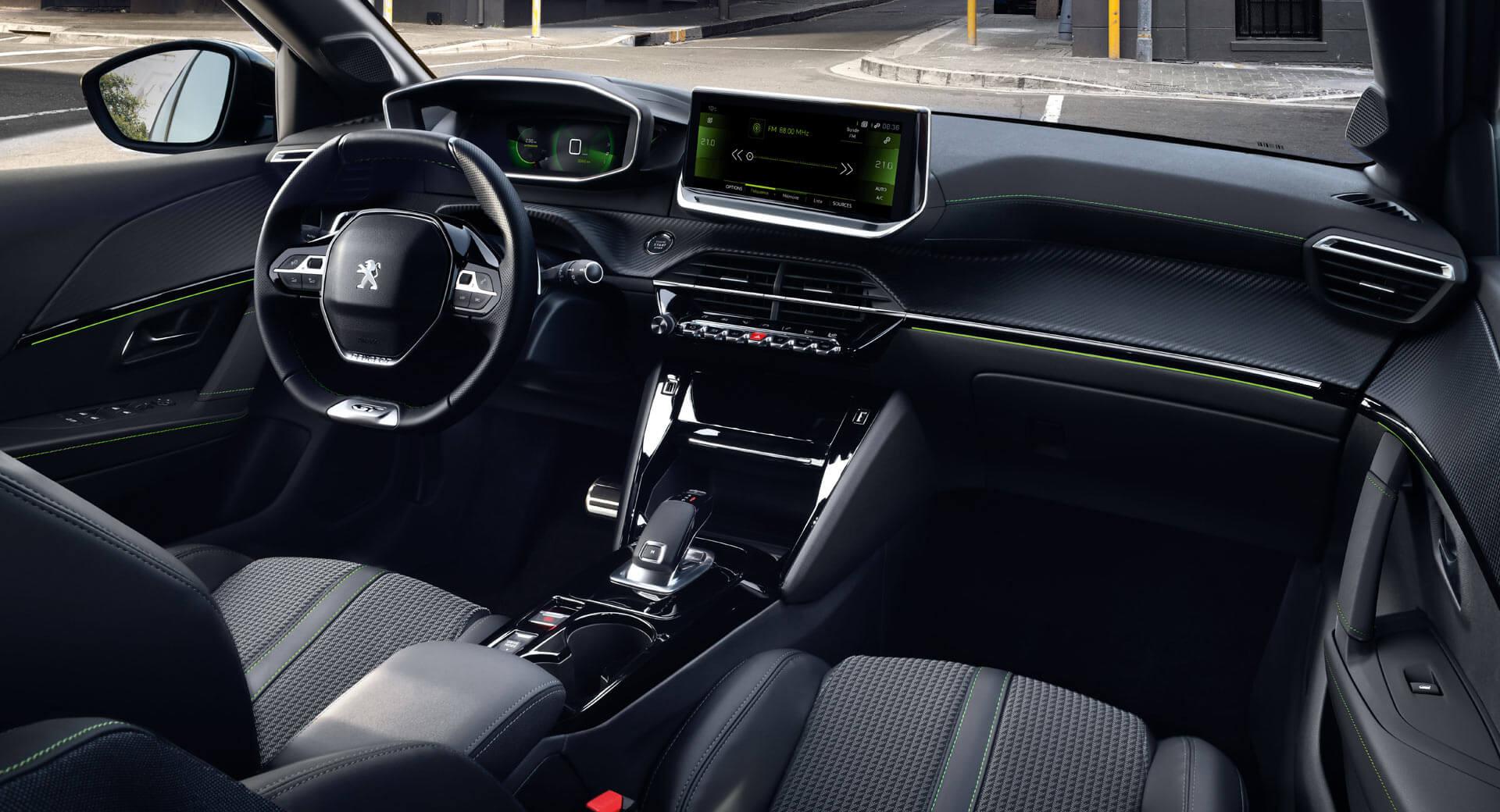 Интерьер Peugeot e-208