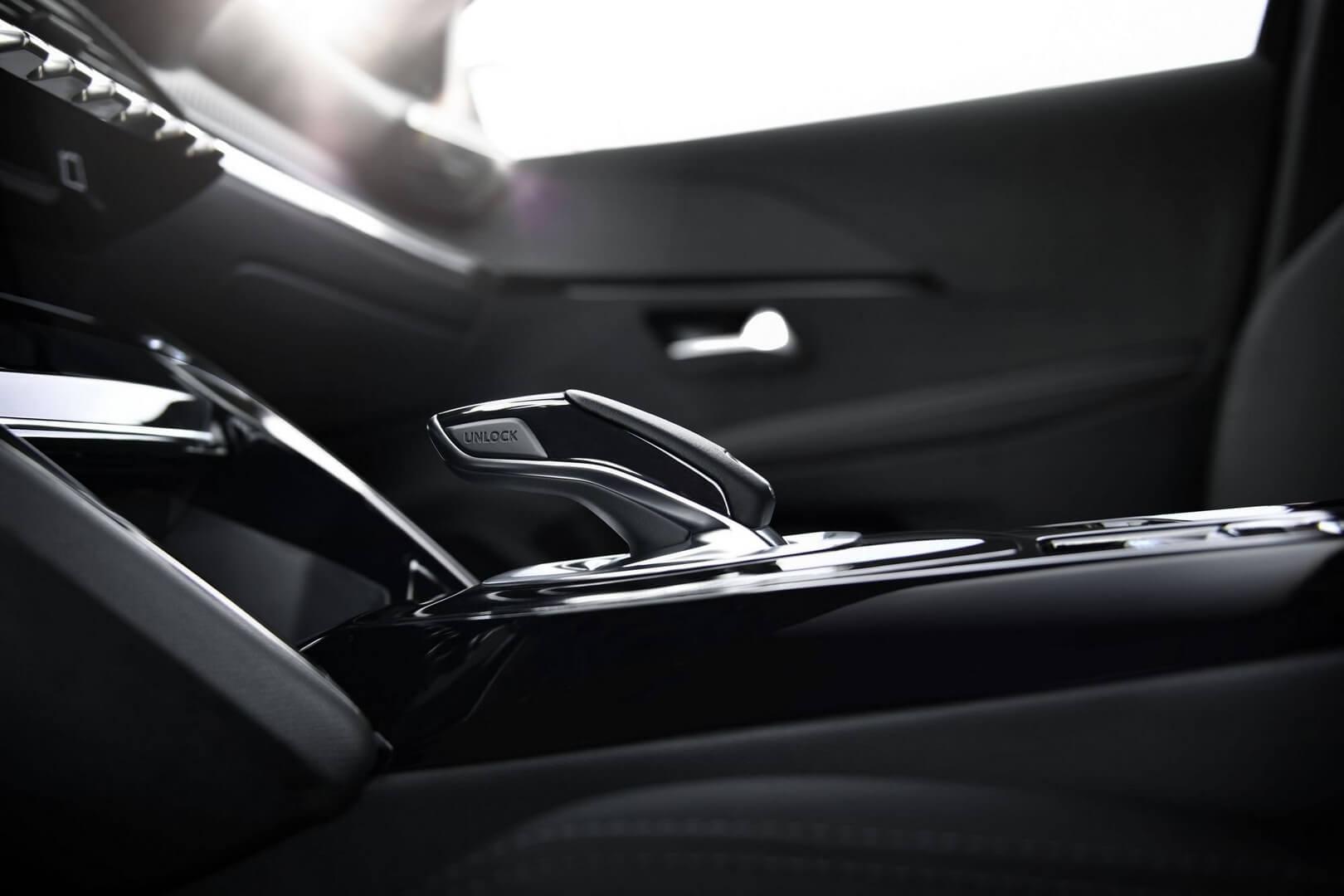 Рычаг переключения режимов езды Peugeot e-208