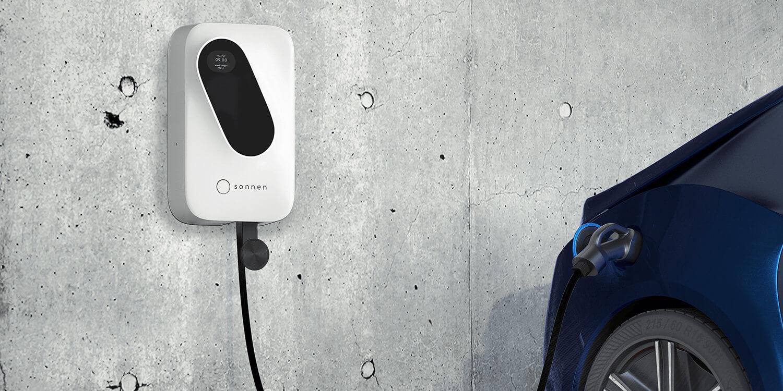 Домашнее зарядное устройство для электромобилей «Sonnen Charger»