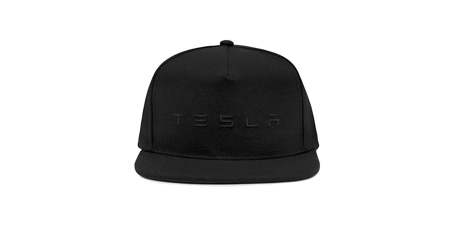 Кепки слоготипом Tesla