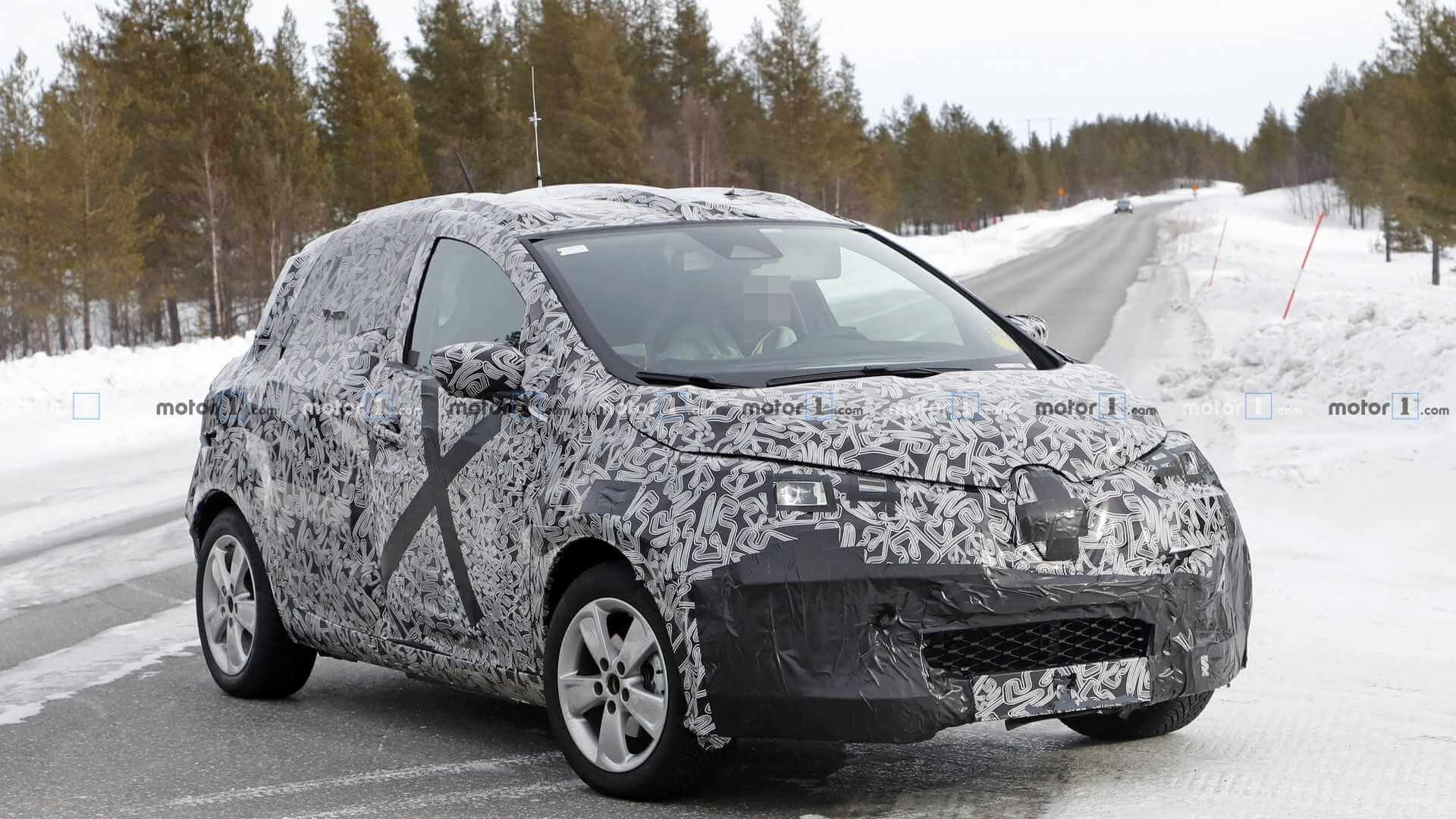 Шпионское изображение Renault ZOE второго поколения во время зимних тестов