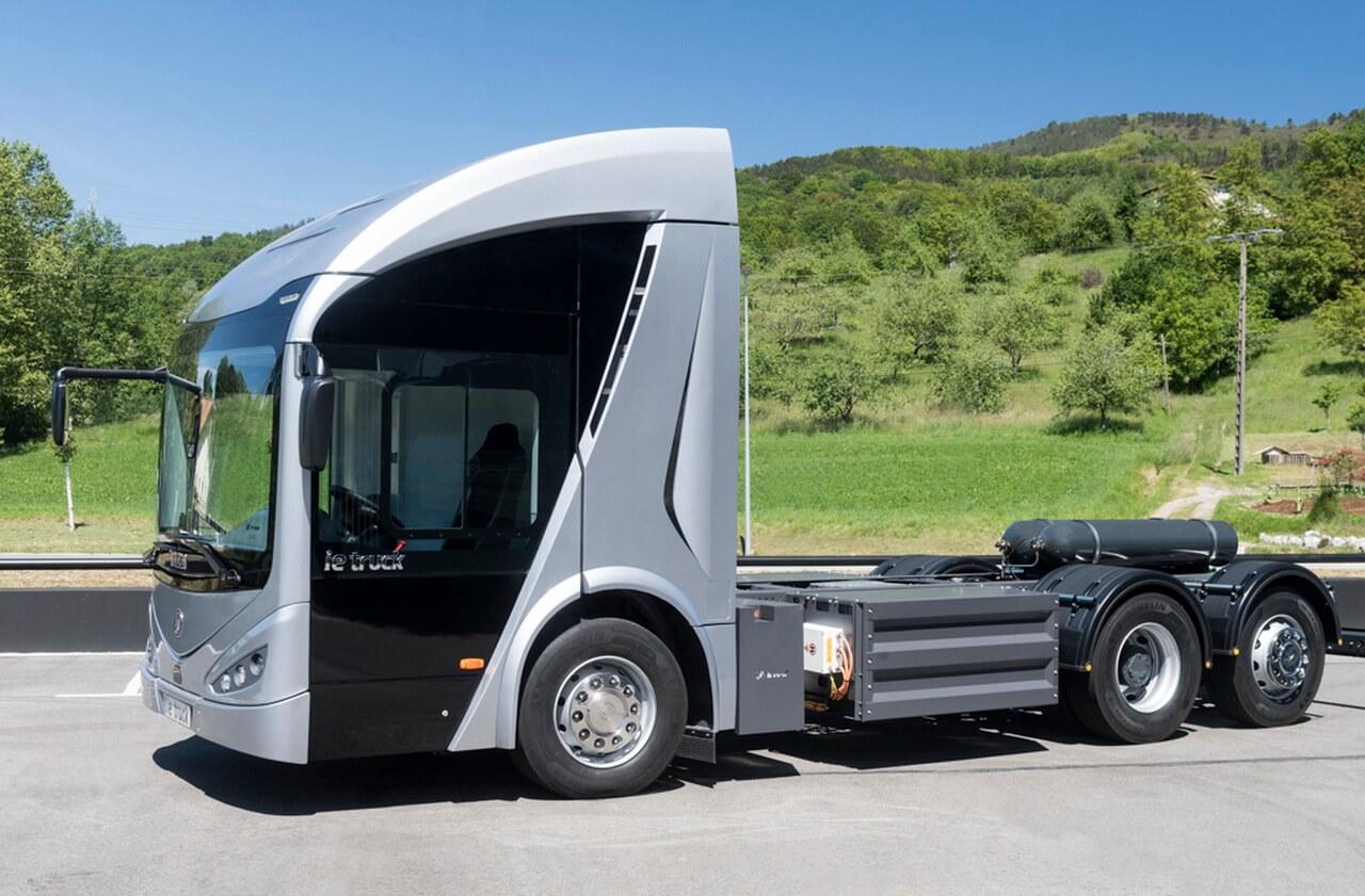Испанский производитель Irizar представил свой первый полностью электрический грузовик