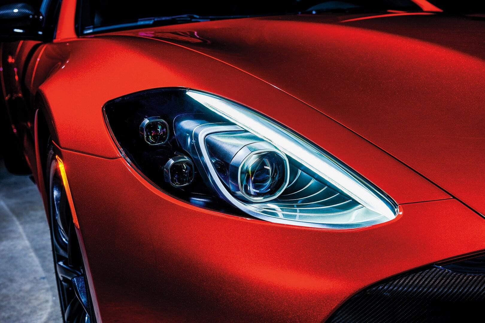 Роскошный седан Revero GT PHEV