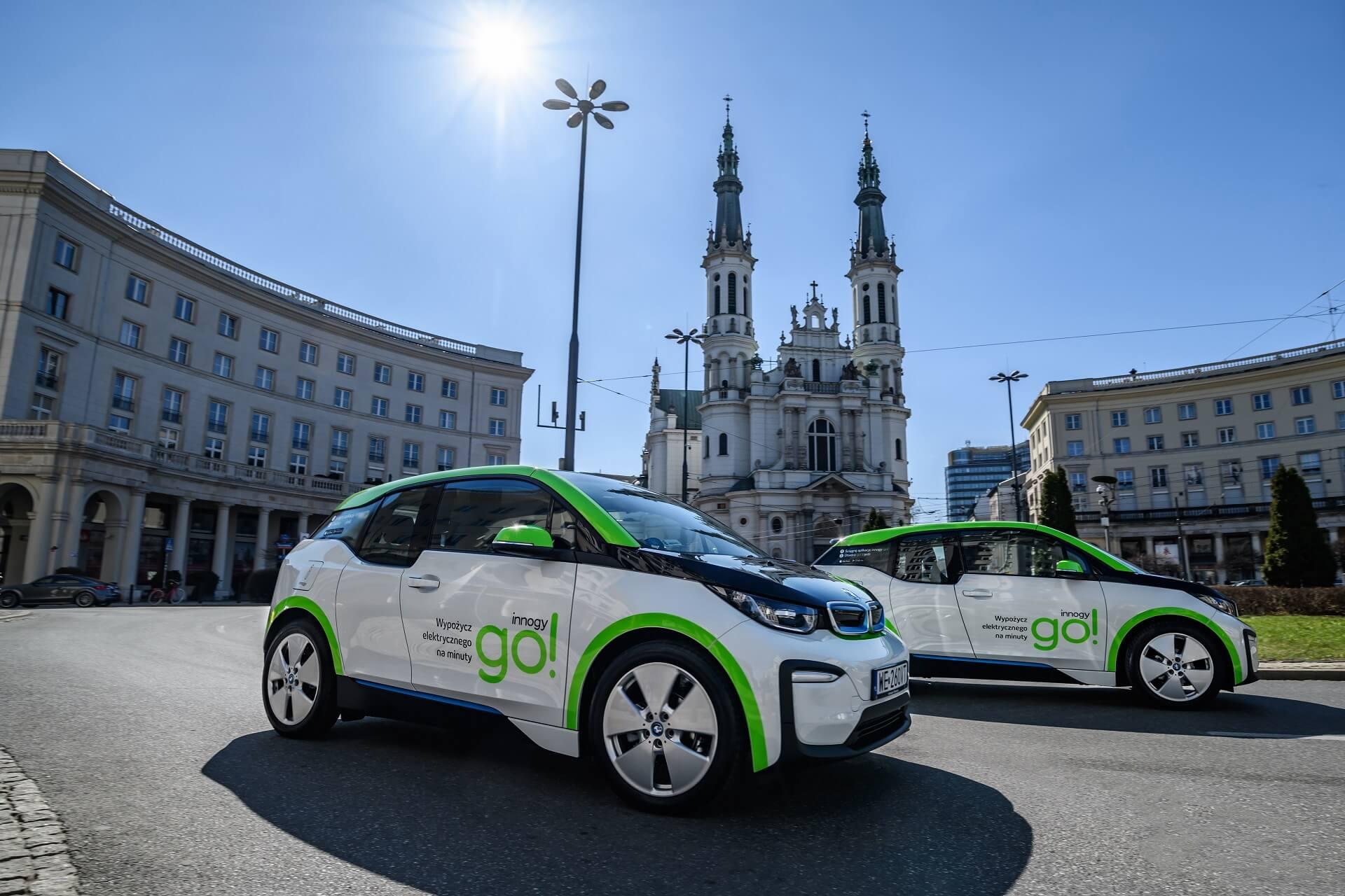 Самый большой в мире парк автомобилей BMW i3 для совместного использования теперь в Варшаве