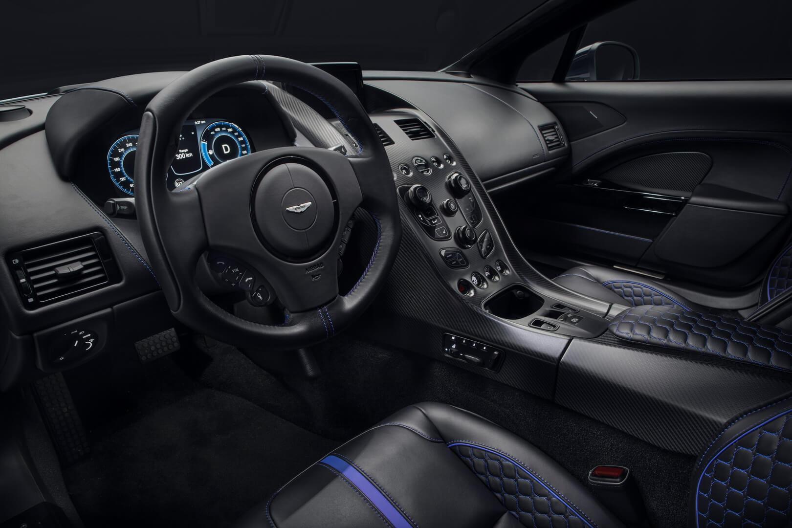 Салон электрического Aston Martin Rapide E