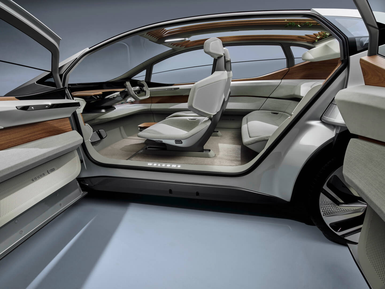Салон автономного электромобиля Audi AI:ME