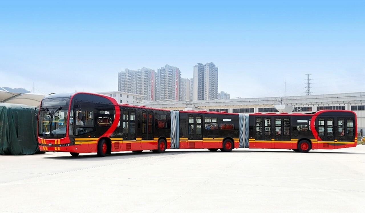 BYD представляет самый длинный электрический автобус в мире