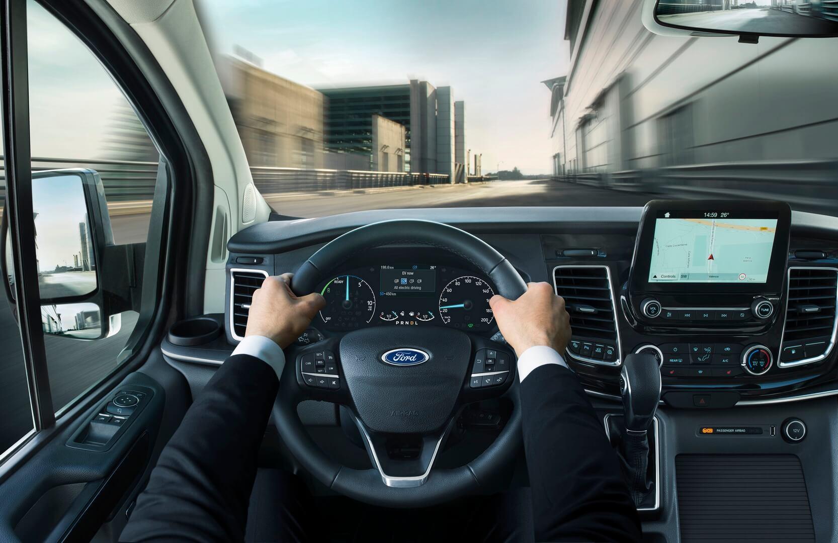 Приборная панель Ford Tourneo Custom PHEV
