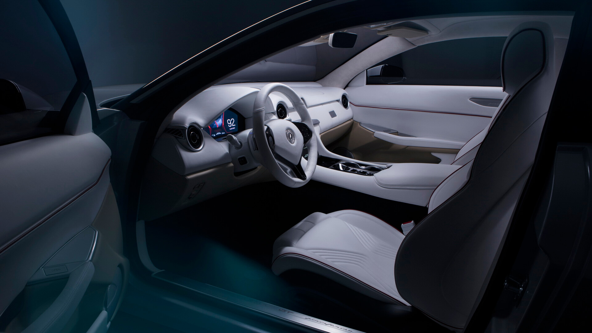 Салон плагин-гибрида Karma Pininfarina GT